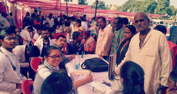 भारत-नेपाल बॉर्डर के 96 गांवों के 23000 मरीजों का स्वास्थ्य परीक्षण कर लौटी एम्स की टीम…संयोजक प्रभात पांडे