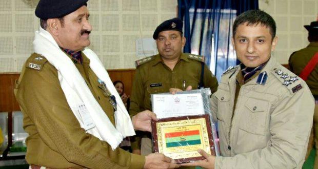 सीओ अरविंद सिंह रावत सहित आठ पुलिस कर्मी सेवानिवृत्त