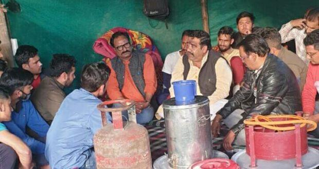 बेरोजगारों के हक की लड़ाई में हमेशा शिव सेना साथ ..गौरव कुमार प्रदेश प्रमुख शिव सेना