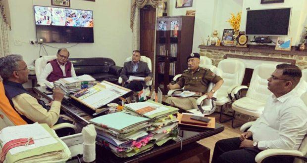 Breaking…लॉक डाउन यानी जनता कर्फ्यू 31 मार्च तक जारी रहेगा,आवश्यक सेवाएं पूर्ववत जारी रहेंगी…सीएम त्रिवेंद्र सिंह रावत
