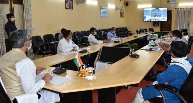 सीएम त्रिवेंद्र  ने स्वास्थ्य मंत्री हर्षवर्धन से वीडियो कॉंफ्रेंसिंग में कोविड 19 से लड़ने को फैसिलिटी बढ़ाने की डिमांड की