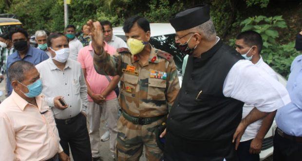 जैंतनवाला समेत कई इलाकों के भूमि विवाद के बाद विधायक गणेश जोशी ने सैन्य और जिला प्रशासन के साथ  संयुक्त निरिक्षण किया