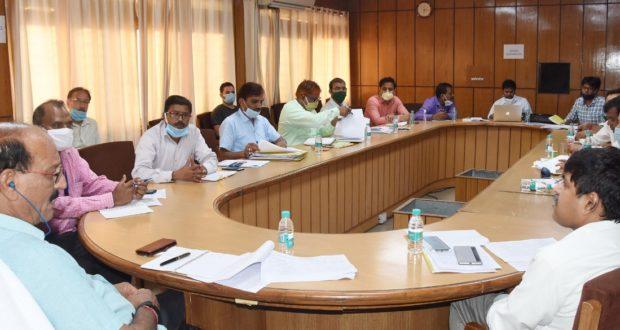 कृषि मंत्री सुबोध उनियाल ने चार-धाम मार्ग पर राज्य जैविक उत्पाद विपणन के विकास हेतु समीक्षा बैठक ली