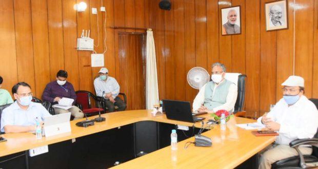 सीएम त्रिवेन्द्र रावत ने हंस फाउण्डेशन के सीईओ लेफ्टिनेंट जनरल एस.एम मेहता के साथ की वर्चुअल मीटिंग