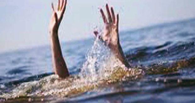 नदी किनारे पार्टी करने गए युवकों का साथी तैरते हुए नदी में डूबा
