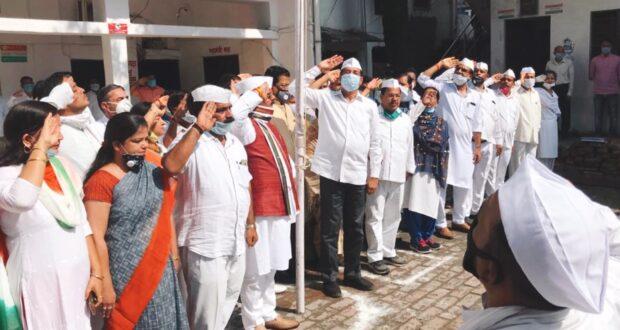 शहीदों की बदौलत हम ले रहे आज़ाद भारत मे खुली सांस,उनका त्याग हमारा संबल है…प्रीतम सिंह