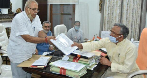 मुख्यमंत्री त्रिवेंद्र ने दिये डीएम को  राजधानी में जल भराव की समस्या के समाधान के निर्देश…