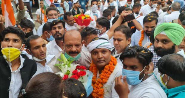 युवा कांग्रेस के राष्ट्रीय अध्यक्ष श्रीनिवास बी.वी.ने की रोजगार दो अभियान की शुरूआत,युवाओं में भर गए जोश