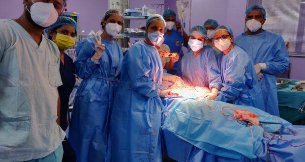 Breaking..एम्स से मिला बिजनौर निवासी 24 वर्षीय युवती को जीवनदान,शरीर से 41 किलो का ओवरियन ट्यूमर निकाला..निदेशक एम्स रविकांत