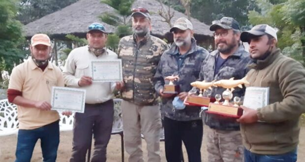 नयार वैली एडवेंचर स्पोटर्स फेस्टिवल सम्पन्न,हिमाचल ने पैराग्लाइडिंग और नेपाल ने माउंटेन बाइकिंग में दिखाया जलवा