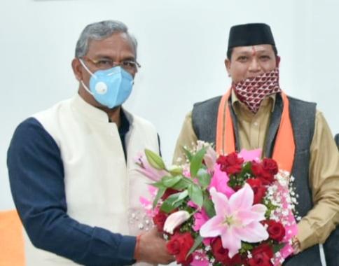 सीएम त्रिवेंद्र की टीम में राजपाल सिंह रावत को मिली जगह, उपाध्यक्ष (राज्यमंत्री स्तर) प्रधानमंत्री ग्राम सड़क योजना अनुश्रवण परिषद का कार्यभार ग्रहण किया