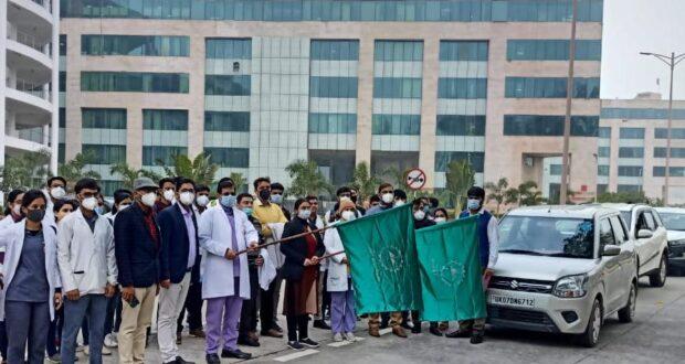 एम्स ऋषिकेश एवं सीमा डेंटल कॉलेज ने स्वामी विवेकानंद जयंती पर निशुल्क स्वास्थ्य शिविरों के तहत राज्य के 10 हजार से अधिक लोग लाभान्वित