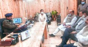 पूर्व मंत्री सहित वरिष्ठ कांग्रेसियों पर नैनीताल में दर्ज मुकद्दमो पर  डीजीपी अशोक से मिले प्रीतम