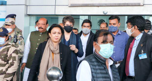 देहरादुन एयरपोर्ट पर कांग्रेस ने की आगवानी के बाद सहारनपुर में किसान सम्मेलन में कहा कि हम आपके साथ है, किसानों की अनदेखी नही होनी चाहिए