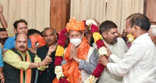 सीएम बनने के बाद पहली बार दिल्ली पहुंचे तीरथ,बोले जनहित और प्रदेश का विकास सर्वोपरि, जो जनता चाहेगी, किया  जाएगा..